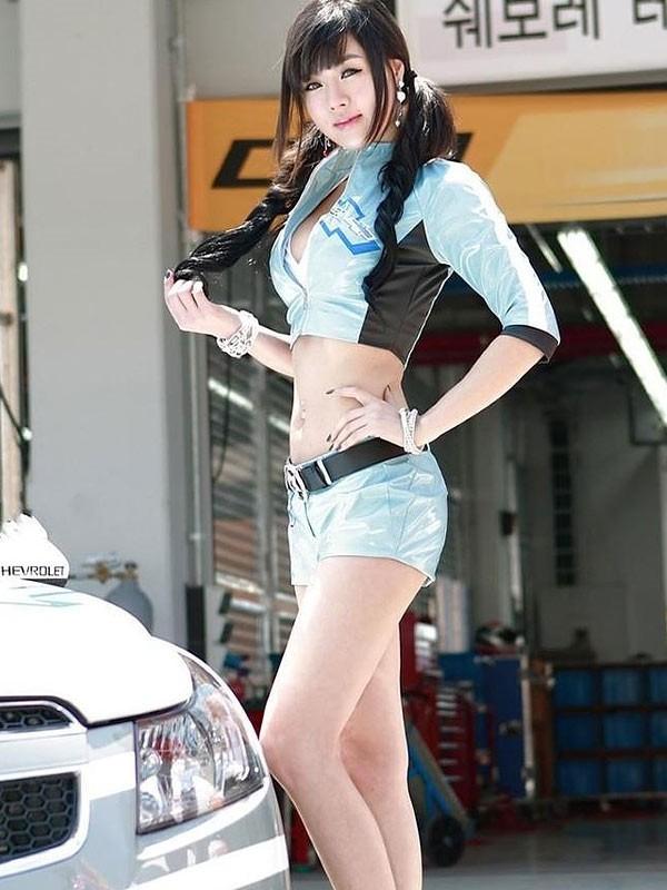 韩国车模黄美姬05