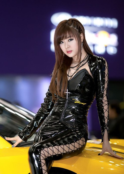 韩国车模黄美姬17