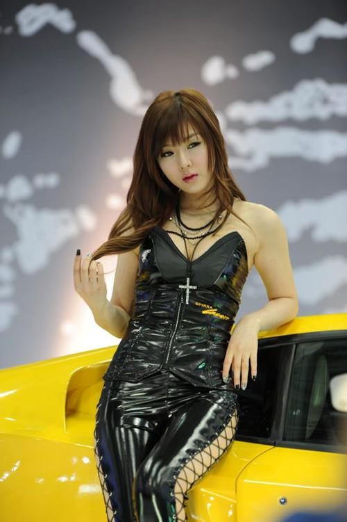 韩国车模黄美姬16