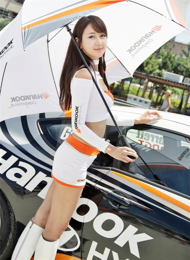 韩国车模韩彩衣11