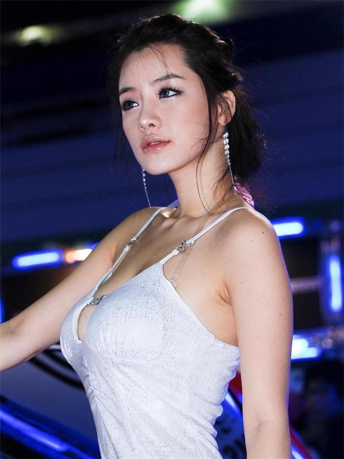 韩国车模林智慧18