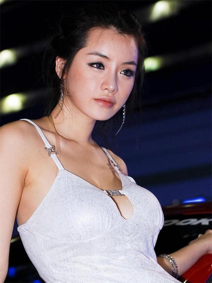韩国车模林智慧16