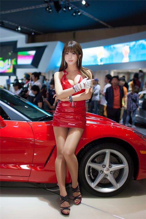 韩国车模许允美15