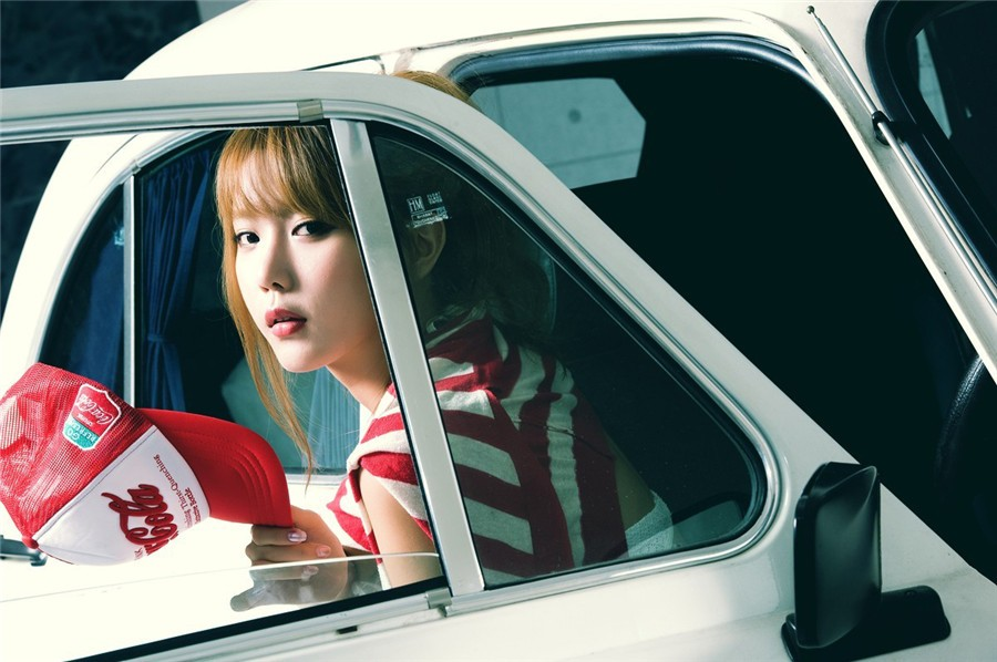 韩国车模许允美29
