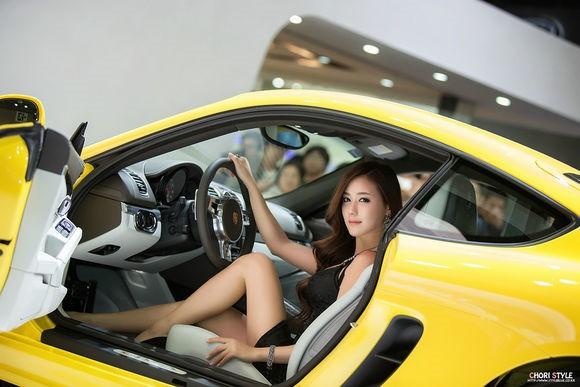 韩国车模金河律17