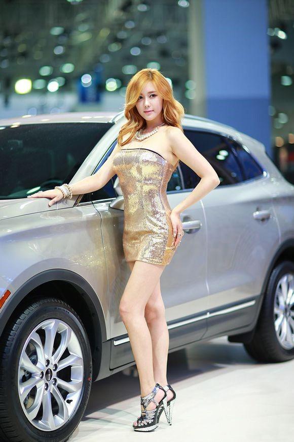 韩国车模金河律29