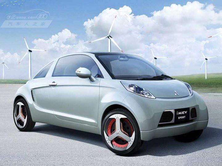 2012年7月9日,国务院发布了《节能与新能源汽车产业发展规划》